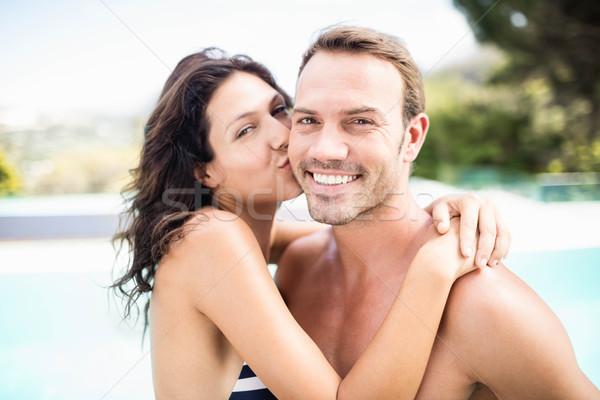 Nő csók férfi medence portré napos idő Stock fotó © wavebreak_media