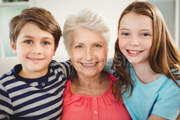 Büyükanne torunlar oturma birlikte kanepe portre Stok fotoğraf © wavebreak_media