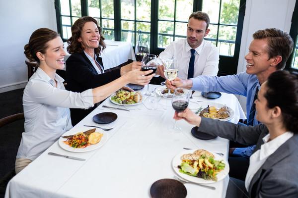 Groep wijnglas business lunch Stockfoto © wavebreak_media