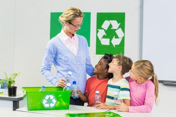 Enseignants enfants autre classe école femme Photo stock © wavebreak_media