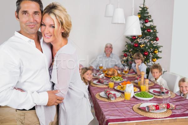 Férj feleség áll ebédlőasztal átkarol vmi mellett Stock fotó © wavebreak_media
