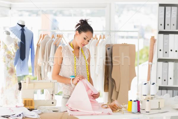 Concentrado feminino moda estilista trabalhar jovem Foto stock © wavebreak_media