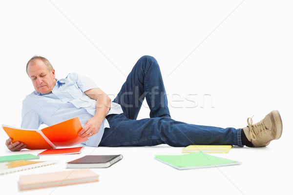зрелый студент изучения ноутбук белый счастливым Сток-фото © wavebreak_media