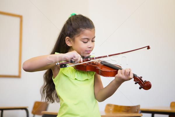 Aranyos játszik hegedű osztályterem általános iskola iskola Stock fotó © wavebreak_media
