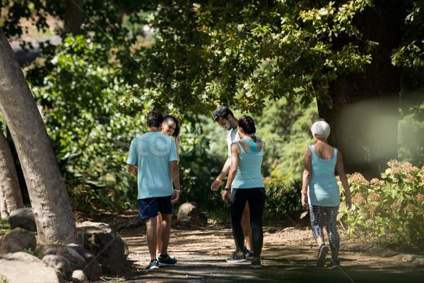 Maratona atletas caminhada parque mulher Foto stock © wavebreak_media