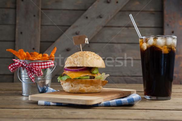 Hambúrguer bebida fria tabela comida Foto stock © wavebreak_media