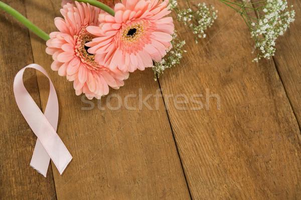表示 ピンク 乳癌 認知度 リボン ストックフォト © wavebreak_media