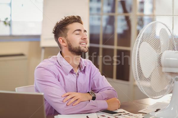 Empresário relaxante escritório computador homem Foto stock © wavebreak_media