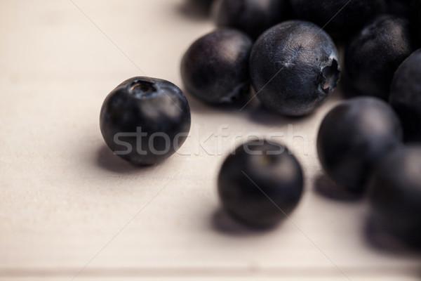 Fraîches bleuets table en bois Photo stock © wavebreak_media