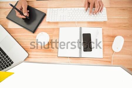 Computer Laptop Smartphone Zwischenablage Stift Brillen Stock foto © wavebreak_media