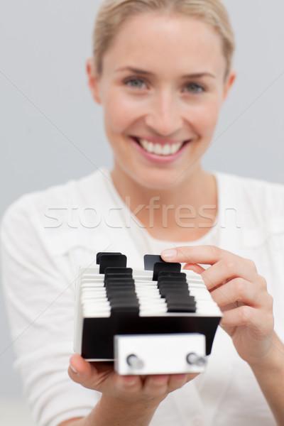 Zakenvrouw zoeken portret contact lezing corporate Stockfoto © wavebreak_media