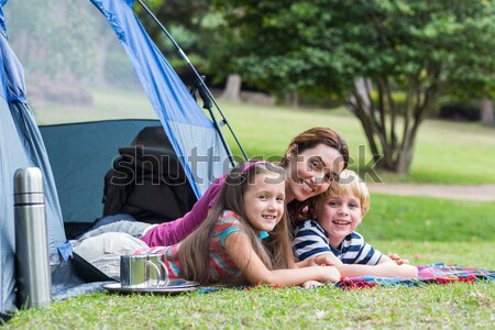 Család kempingezés park lány pár zöld Stock fotó © wavebreak_media