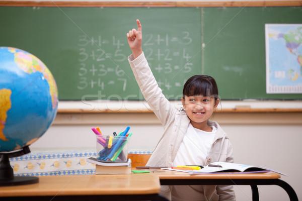 Uśmiechnięty uczennica strony odpowiedź pytanie klasie Zdjęcia stock © wavebreak_media