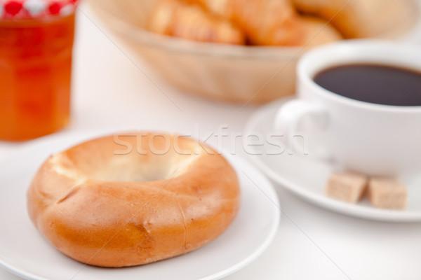 Tatlı çörek fincan kahve beyaz plakalar şeker Stok fotoğraf © wavebreak_media