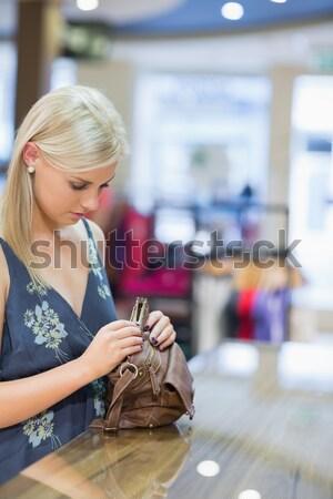 女性 財布 外に ハンドバッグ ブティック ストックフォト © wavebreak_media