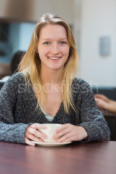 Estudiante sesión Cafetería potable taza café Foto stock © wavebreak_media
