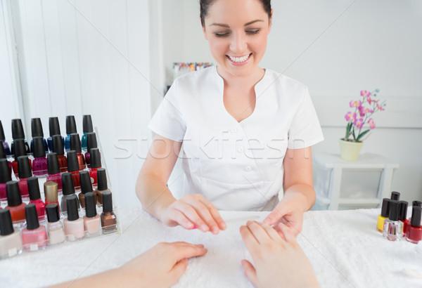 Manicure behandeling nagel spa vrouw gelukkig Stockfoto © wavebreak_media
