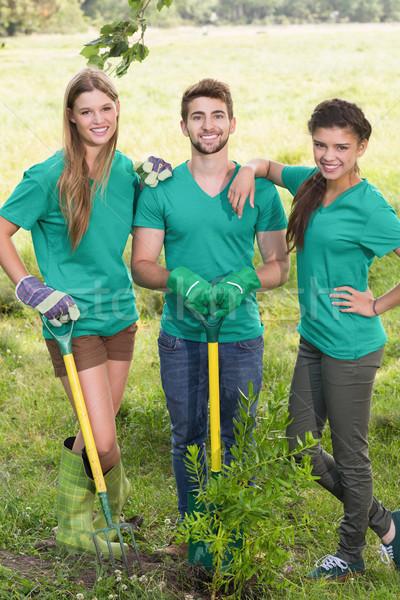 Boldog barátok kertészkedés közösség napos idő lány Stock fotó © wavebreak_media