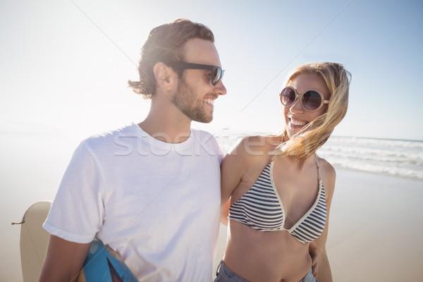 Feliz óculos de sol praia Foto stock © wavebreak_media