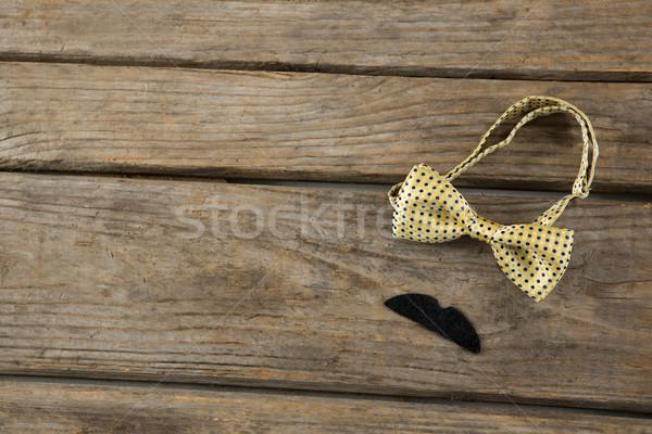 Сток-фото: мнение · усы · таблице · деревянный · стол