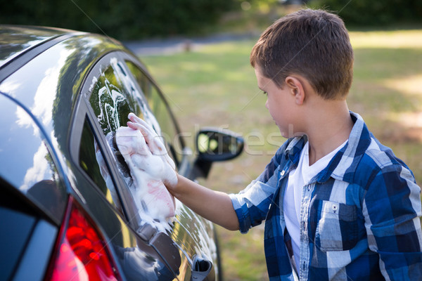 Teenager Waschen Auto Wasser Arbeit Stock foto © wavebreak_media