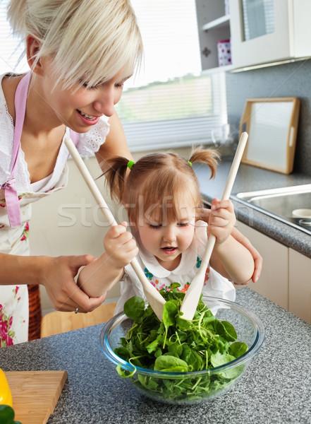 Hellen Mutter Kind Kochen Küche Essen Stock foto © wavebreak_media