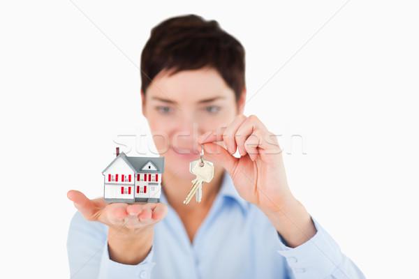 Geschäftsfrau Schlüssel Miniatur Haus Stock foto © wavebreak_media