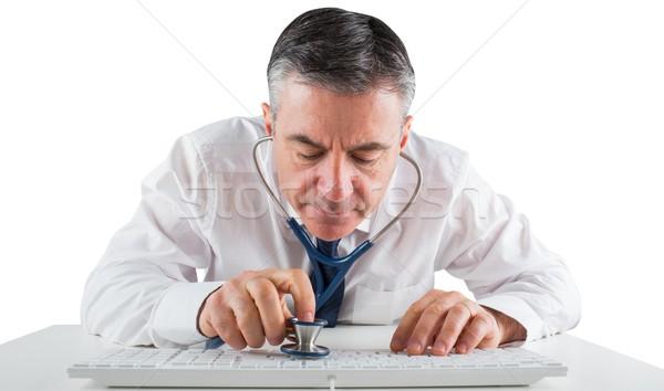 成熟した ビジネスマン を実行して 聴診器 白 ストックフォト © wavebreak_media