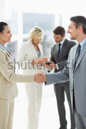 Vrolijk collega's discussie kantoor jonge business Stockfoto © wavebreak_media