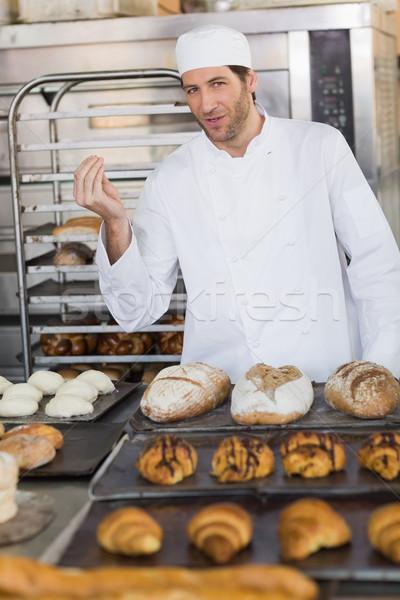 Sorridente padeiro olhando câmera cozinha padaria Foto stock © wavebreak_media