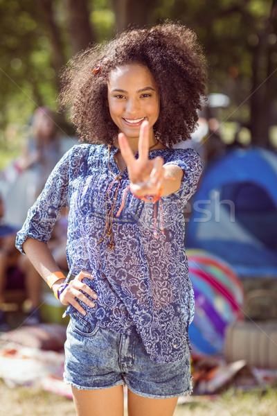 Bastante posando câmera festival de música verão Foto stock © wavebreak_media