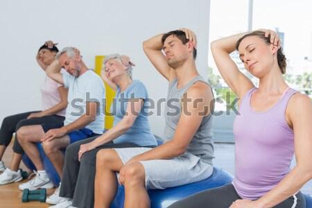 Сток-фото: женщины · шее · осуществлять · фитнес · клуба · счастливым