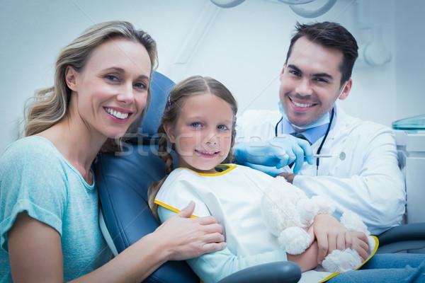 歯科 調べる 女の子 歯 アシスタント 歯科医 ストックフォト © wavebreak_media