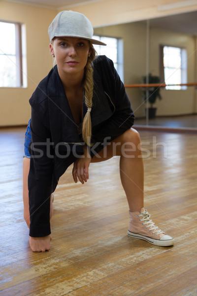 портрет красивая женщина Dance студию женщину Сток-фото © wavebreak_media