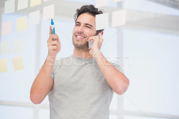 человека глядя говорить телефон служба Сток-фото © wavebreak_media