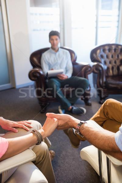 Psychologue aider couple relation problèmes bureau Photo stock © wavebreak_media