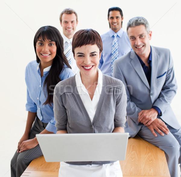 Enthousiast zakenlieden met behulp van laptop kantoor computer man Stockfoto © wavebreak_media