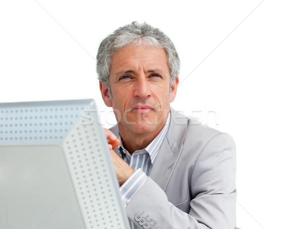 Portret charyzmatyczny dojrzały biznesmen biuro laptop Zdjęcia stock © wavebreak_media