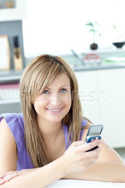 подростков женщину текста кухне домой Сток-фото © wavebreak_media