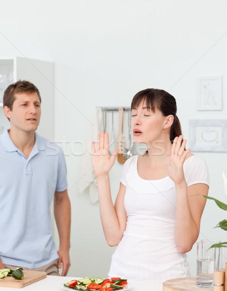 Fiatal szerelmespár vitatkozás konyha otthon nő Stock fotó © wavebreak_media
