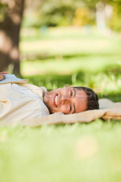 男 公園 図書 笑顔 顔 学生 ストックフォト © wavebreak_media