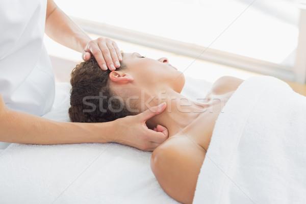 Mulher pescoço massagem estância termal bastante mulher jovem Foto stock © wavebreak_media