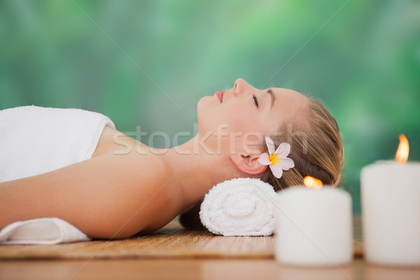 Vreedzaam blond bamboe kaarsen spa hotel Stockfoto © wavebreak_media