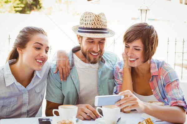 счастливым друзей кофе вместе за пределами Сток-фото © wavebreak_media