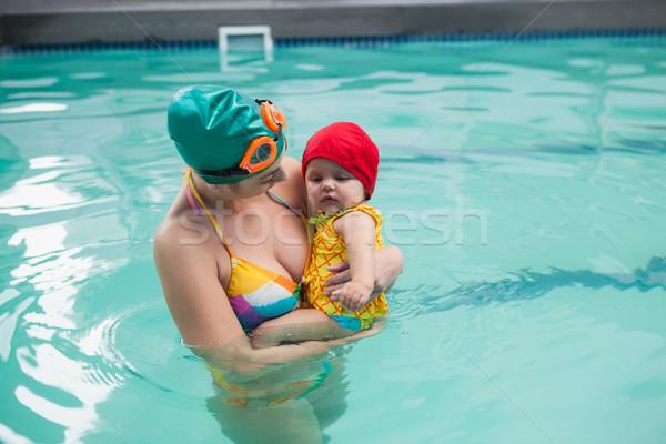 Güzel anne bebek yüzme havuzu boş Stok fotoğraf © wavebreak_media