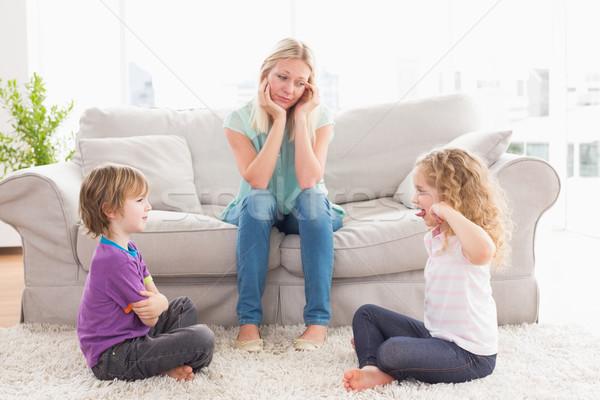 Çocukları kavga eden    anne ile ilgili görsel sonucu