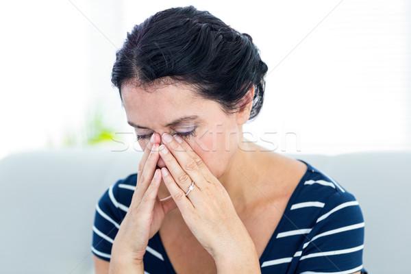 Boldogtalan nő ül kanapé fehér egészség Stock fotó © wavebreak_media