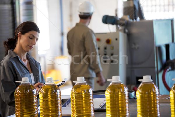 Női munkás lemez technikus gép gyár Stock fotó © wavebreak_media