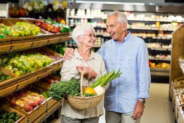 улыбаясь корзины овощей продуктовых Сток-фото © wavebreak_media