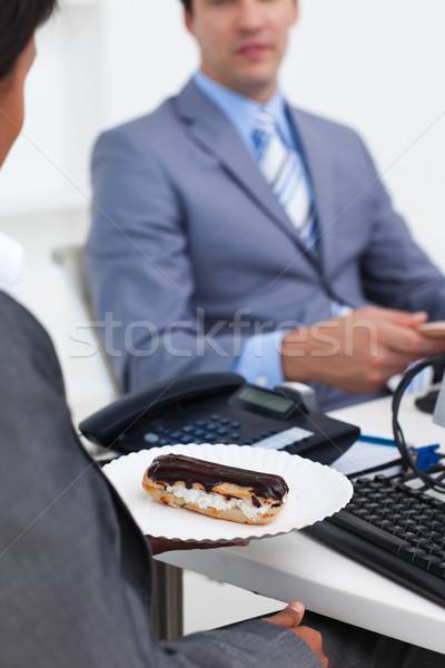 Işkadını pasta büro iş arkadaşı Stok fotoğraf © wavebreak_media